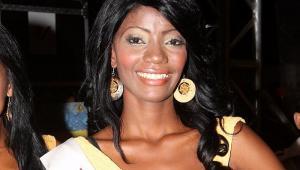 Leydi palacio Moreno representó al sector Ricaurte de Olaya Herrera en el Reinado de la Independencia, en el 2010. Capturada porque haría parte de banda de fleteros en Cartagena.