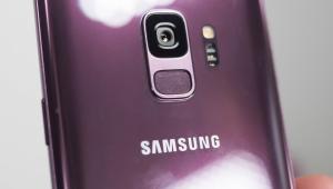 Este es el Galaxy óptimo de Samsung si es que eres fiel seguidor de la marca.