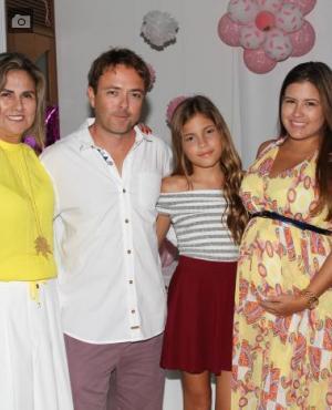 Magdalena Silva de Torne, Carlos Andrés Pacheco y Ana Sofía Pacheco.