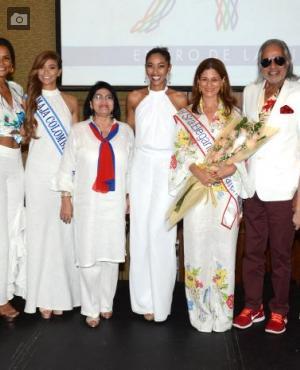Malvi Castañeda, Yeimi Paola Vargas; Miss Maja Colombia, Adriana Russo; Marina Cerpa, Elida Castro, Claudia Fadul, Vinod Agarwal y Rossana Lignarolo.