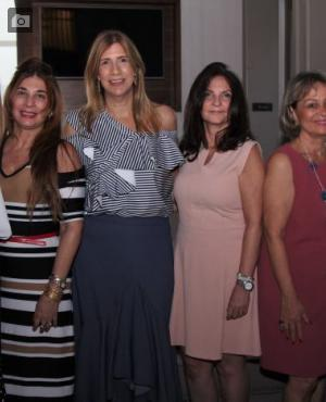 María Gabriela Dangond, Lourdes Haydar, Icha Castillo de Bajaire, Idalia López de Nieto, Katia Berrío y Vivian Stavro.