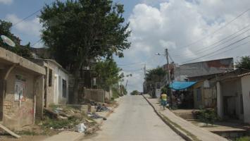 Nayib Arenas murió cuando iba en una moto por la calle Pedro Barrios de Piedra de Bolívar y fue baleado.