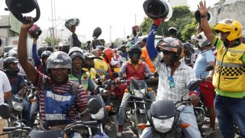 Mototaxistas en Cartagena