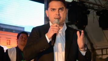Representante a la Cámara, Efraín Torres