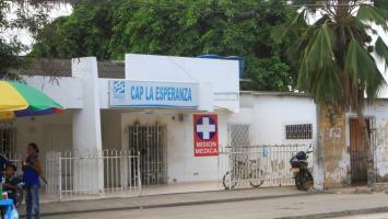 Fachada del CAP La Esperanza