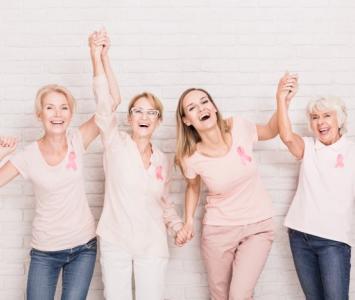 Mujeres contra el cáncer de mama.