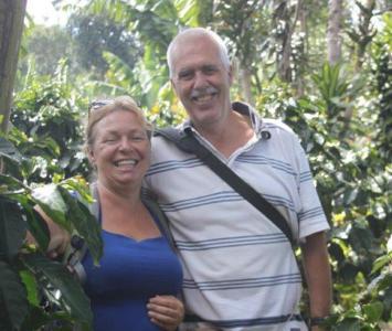 Durdana Bruijn y su esposo Péter Pútker. Ella fue asesinada y Péter es sospechoso del crimen.