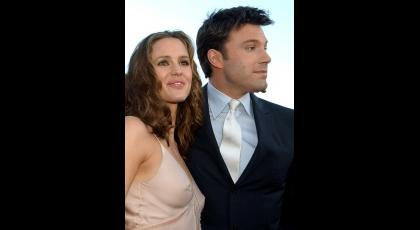 Ben Affleck y Jennifer Garner. Undivorcio bastante comentado por las supuestas infidelidades del actor con la niñera. Fue inesperado y anunciado en junio.