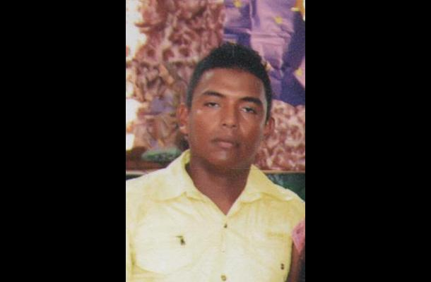 Lewis Espinosa Meza. Murió en accidente en Turbana.