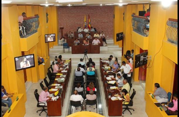 Concejo de Cartagena discute sobre traslado de Tierra Bomba.