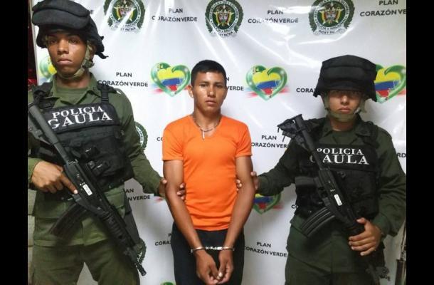 Brayan Luis Salón Polo, capturado por extorsión y acceso carnal.