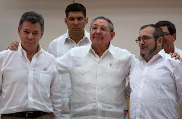 Santos viajará mañana a La Habana para reunirse nuevamente con los representantes de las Farc.