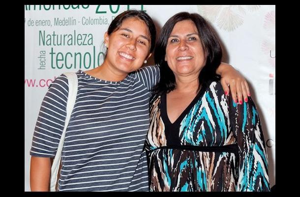 Homenaje a Gloria Valencia de Castaño