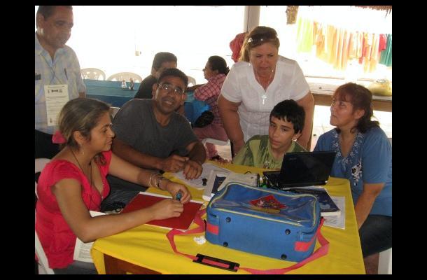 La Fundación Semillas, con su vacuna a los 'maestrosaurios', hará gira nacional