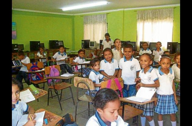 estudiantes de Villa Fátima están sin docentes de Química y Matemáticas