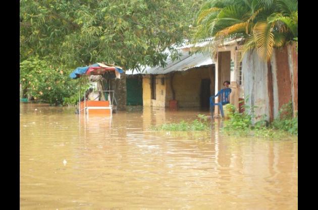 El barrio Centenario se encuentra en emergencia por el arroyo Carolina