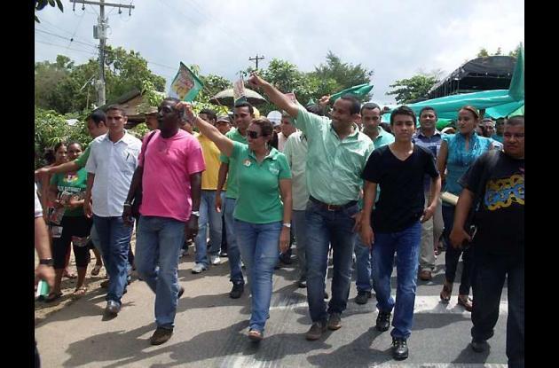 El viernes, el alcalde electo Félix Gutiérrez encabezó una caminata