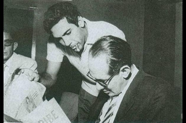 Álvaro Cepeda Samudio con Alfonso López Michelsen