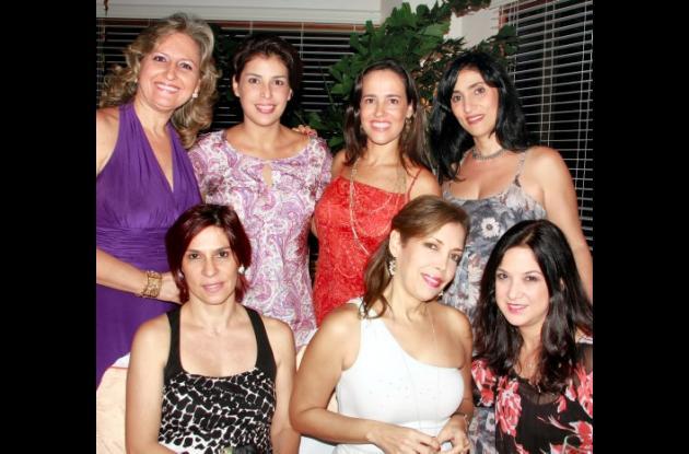 Fiesta sorpresa para Anabella Lemaitre de Fayad