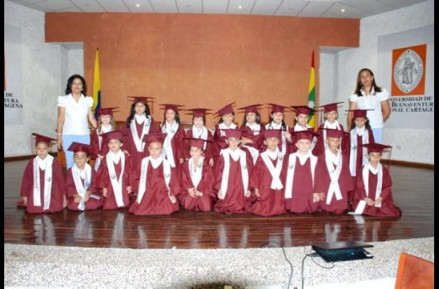 Grados de la Corporación Instituto Bonsay de Cartagena