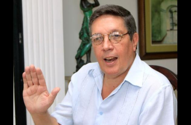 JULIO CASTAÑO