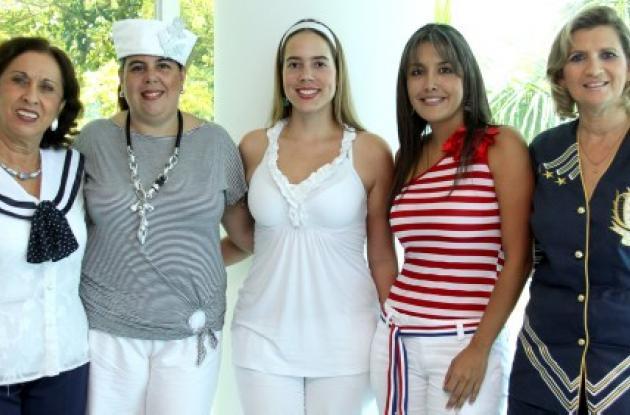 Cumpleaños de socias del Club Naval