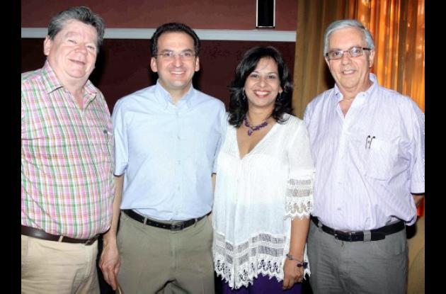 John Bonilla, Jorge Zurek, Nieves Jiménez y Jorge Muñoz.