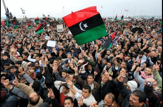 Manifestantes libios continuan con las protestas