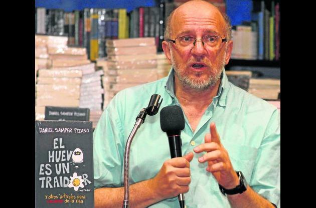 El escritor Daniel Samper Pizano.