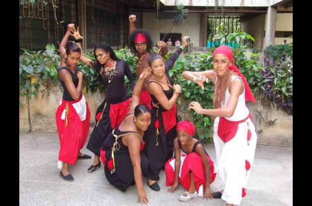 Uno de los grupos invitados es el Grupo Madera.