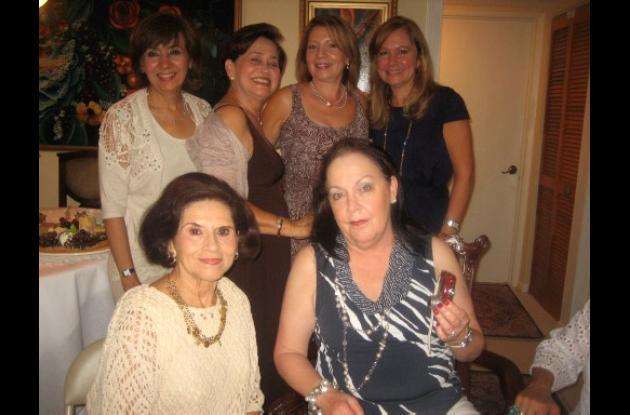 Cumpleaños de Toñita Henao