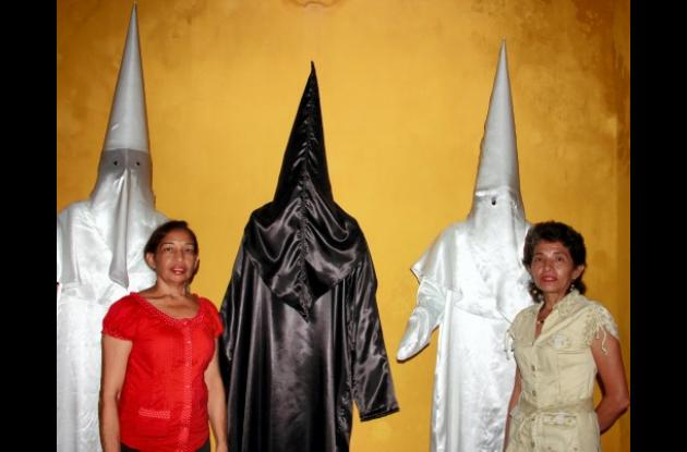 Exposición de vestuario festivo