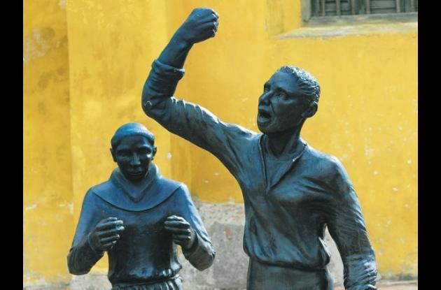 Lanceros de Getsemaní, escultura de de Nora Quintana.