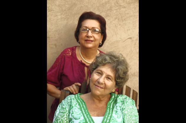 Gloria Triana con la historiadora de Galeras, Teresa Navarro.