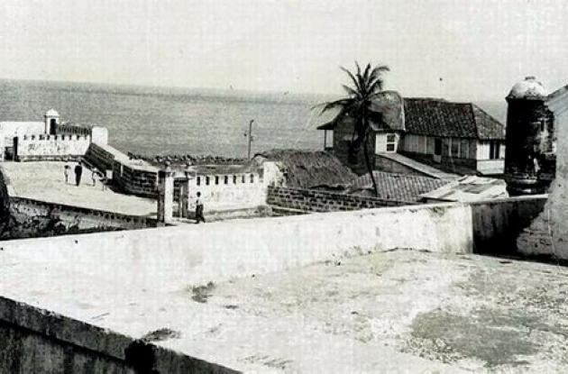 El  Espigón del Baluarte de Santa Catalina en 1955.