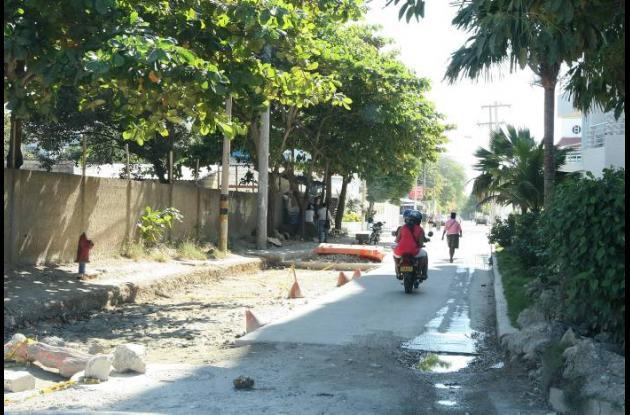 La Calle 20 sufre congestiones vehiculares por causa de la no terminación de la