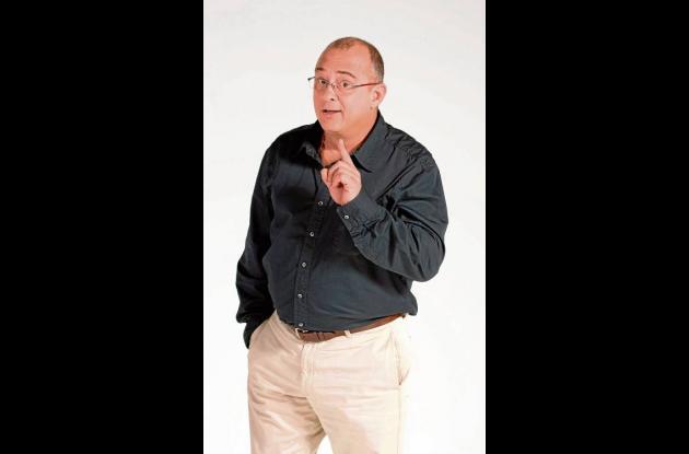 Jota Mario Valencia, controvertido presentador y periodista.