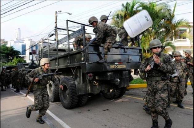 Militares hondureños durante el golpe de estado al Gobierno del presidente Manuel Zelaya.