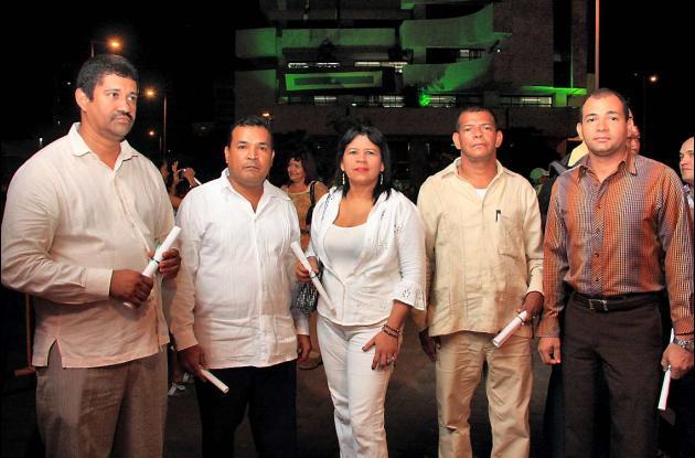 Grados de docentes y rectores en la Plaza de la Paz