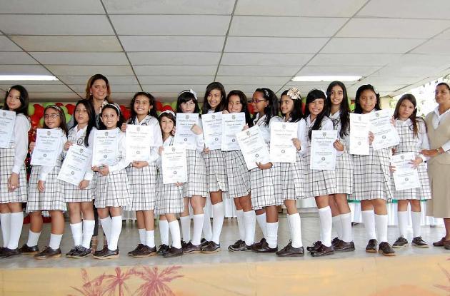 Grados del Colegio El Carmelo