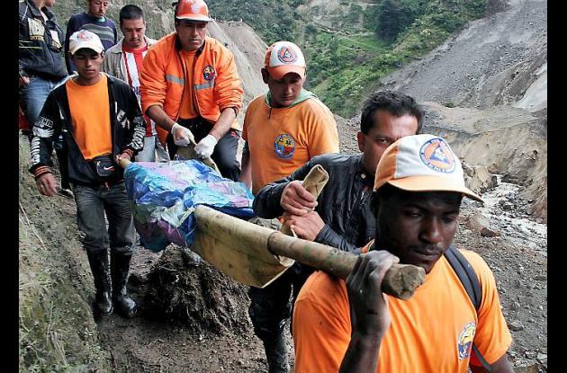 13 desaparecidos y 3 muertos por alud en Nariño