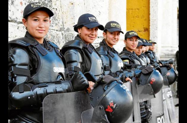 Primer Escuadrón Móvil Antidisturbios Femenino