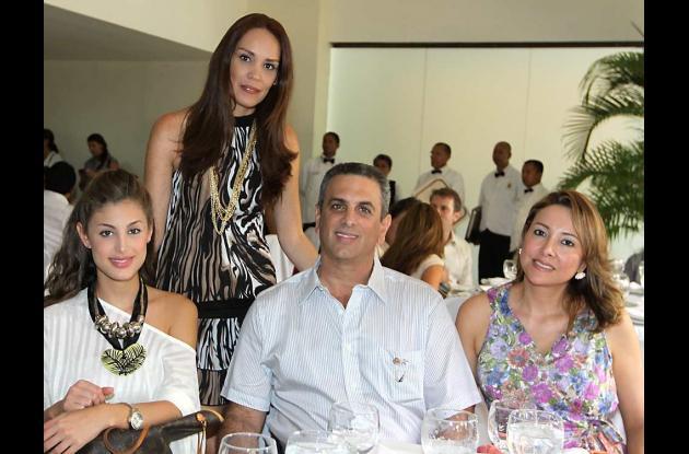 Almuerzo en honor a la Señorita Colombia 2011