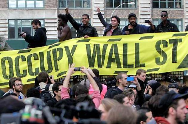 Manifestantes ocupemos Wall Street regresan al Parque Zuccotti