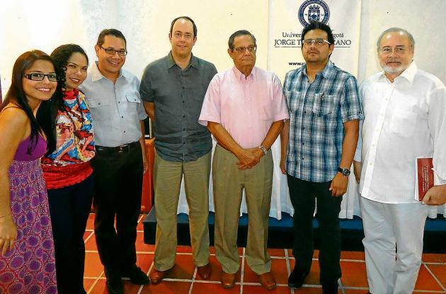 Lanzamiento de libros en La Tadeo