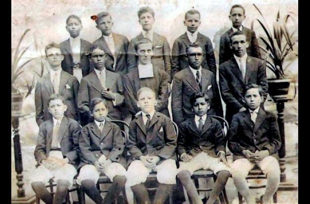 1919: Tercer año de colegio en La Salle.