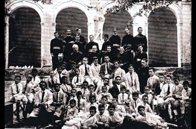 1926: Colegio Seminario Conciliar.