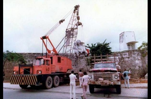 1983: Iniciación del traslado del monumento.