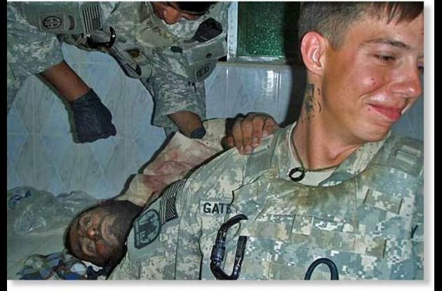 Escándalo en ejército americano por tomarse fotos con cadáveres afganos