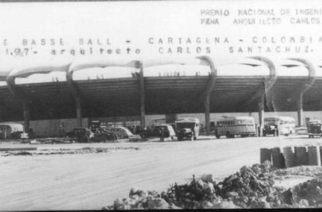 Estadio de béisbol  al ser inaugurado el 11 de noviembre de 1947.